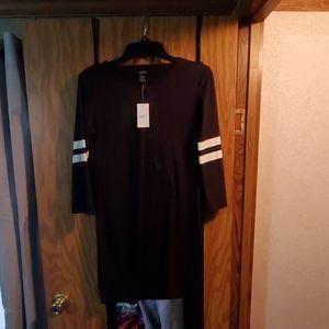 Rue 21 black jersey tshirt dress size Medium NWT